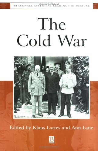 Cold War The Essential Readings  2001 edition cover