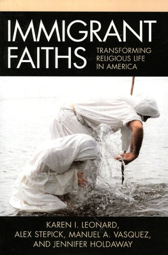 Immigrant Faiths Transforming Religious Life in America N/A 9780759108172 Front Cover