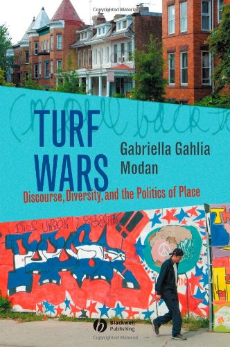 Turf Wars Discourse, Diversity, and the Politics of Place  2006 9781405129558 Front Cover