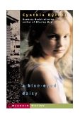 Blue-Eyed Daisy 2001 9780689844959 Front Cover